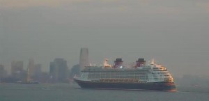 Disney Fantasy sails into NYC