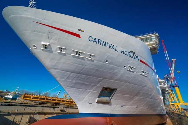 Carnival Horizon's construction commemorated with traditional maritime coin ceremony