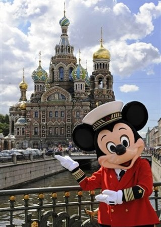 Mickey goes to St. Petersburg